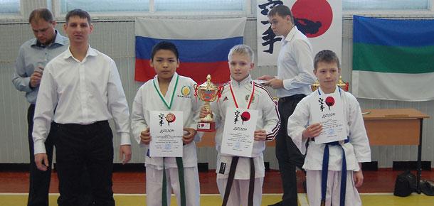 Соревнования на кубок Федерации Республики Коми по стилевому карате