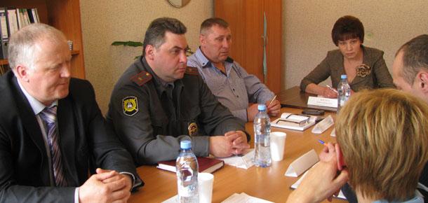 В Печорском филиале общественной приемной главы Республики Коми прошел «круглый стол» по вопросам безопасности дорожного движения