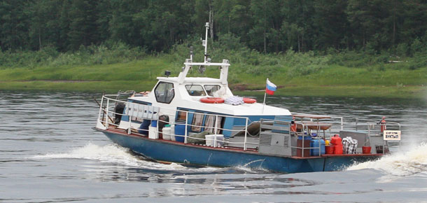 На паромную переправу через Печору в Вуктыле переведен новый катер «КС» из Усинского района