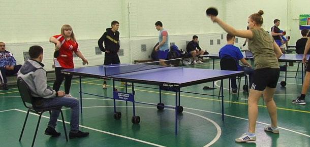 В Печорском промышленно-экономическом техникуме состоялись финальные соревнования по настольному теннису