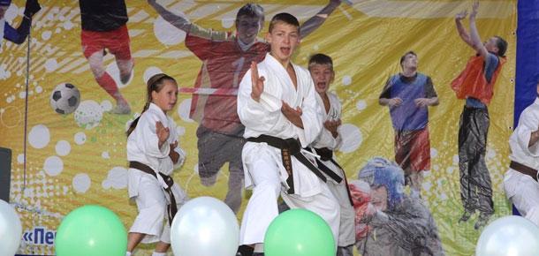 Перспективный печорский спортсмен – пятнадцатилетний каратист Виктор Пивоваров трагически скончался по пути домой после турнира