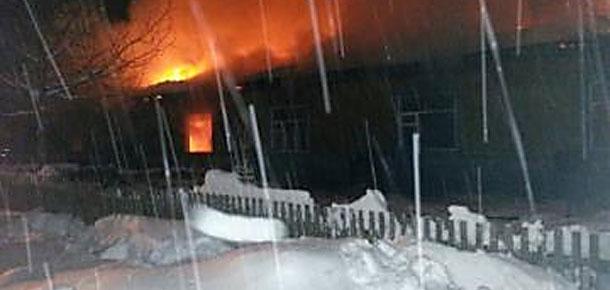 В поселке Каджером Печорского района огнем уничтожен жилой дом