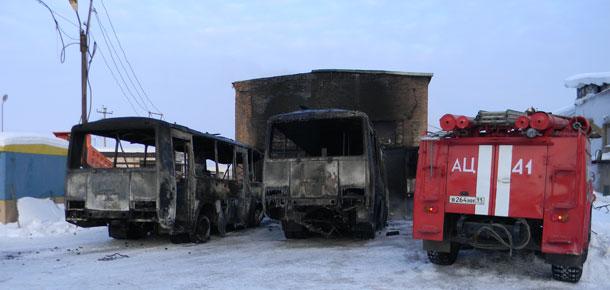 Пожар от взрыва газового баллона в Печоре