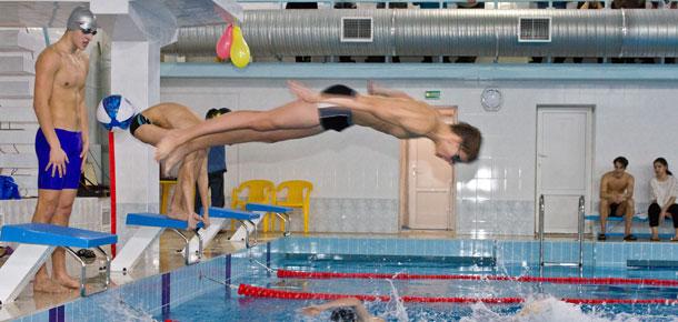 Федерация плавания Республики Коми передала Печорской детско-юношеской спортивной школе новый инвентарь для плавания