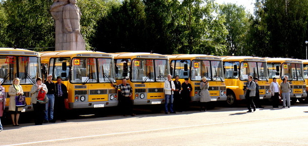 Автобус достанется и школе п. Чикшино в Печорском районе