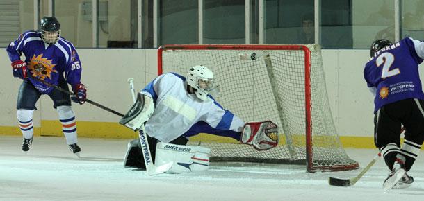 В Печоре открылся чемпионат города по хоккею с шайбой