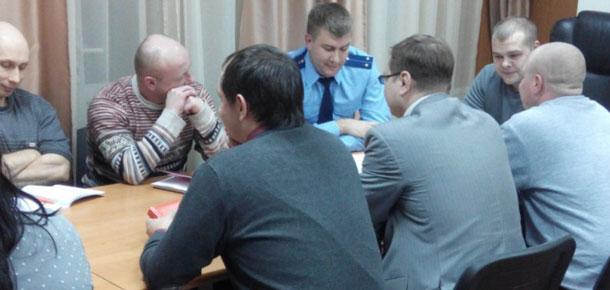 Работниками Печорской транспортной прокуратуры проведена рабочая встреча с сотрудниками Печорского ЛОП