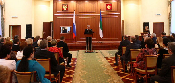 Глава Республики Коми Вячеслав Гайзер вручил государственные награды наиболее отличившимся жителям республики