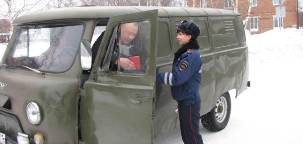 23 февраля сотрудники Госавтоинспекции вышли на дороги МР «Печора»