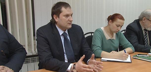 Как сообщает официальный сайт МР «Печора», с сегодняшнего дня к исполнению обязанностей главы администрации муниципалитета приступил Антон Ткаченко