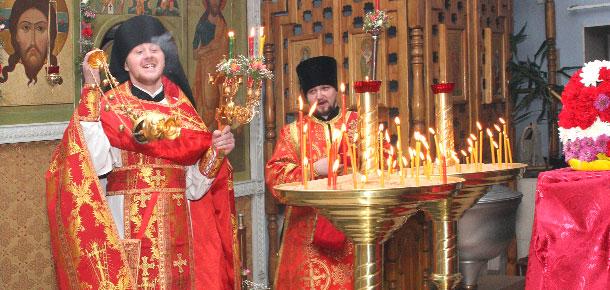 Расписание богослужений в приходе храма Спаса Нерукотворного в Печоре