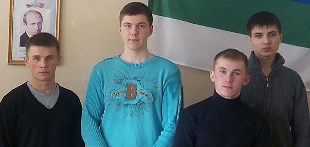 В печорском отделе военкомата прошел подэтап «Теоретическая подготовка» конкурса «Призывник-2015»