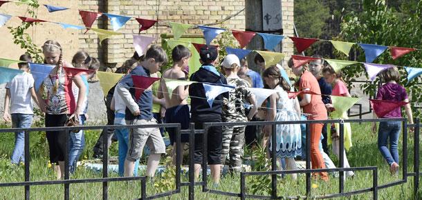 Двери Дома культуры п. Каджером в Печорском районе ежедневно открыты для ребят всех возрастов