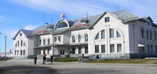 Печорской транспортной прокуратурой на железнодорожном вокзале станции Печора проведена проверка соблюдения законодательства о защите прав инвалидов