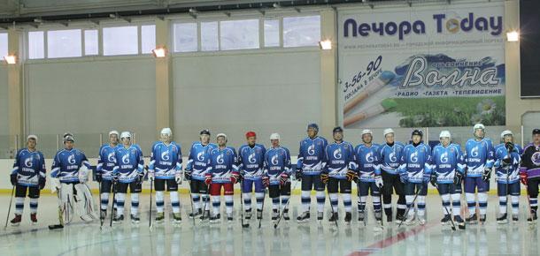 В Печоре прошел хоккейный турнир открытия сезона