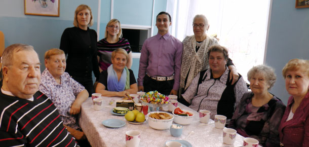 В поселке Изъяю Печорского района отметили День пожилых людей