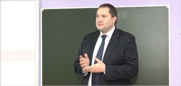 Сегодня бывший руководитель администрации Печоры Антон Ткаченко приступил к работе в должности заместителя главы администрации Багратионовского района Калининградской области