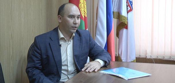 В течение двух дней в Печоре с рабочей поездкой находился министр труда, занятости и социальной защиты Республики Коми Илья Васильевич Семяшкин